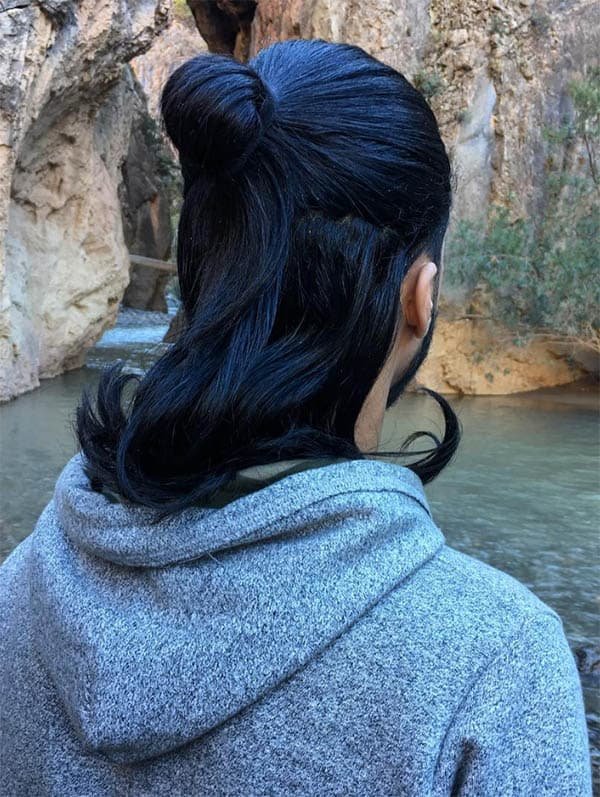 Harry Styles Man Bun Hair - Trendy Samurai Hairstyles