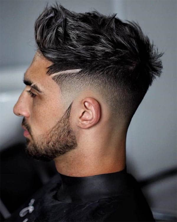 Messy Textured Wavy Hair + Taper - Men's Wavy Hairstyles