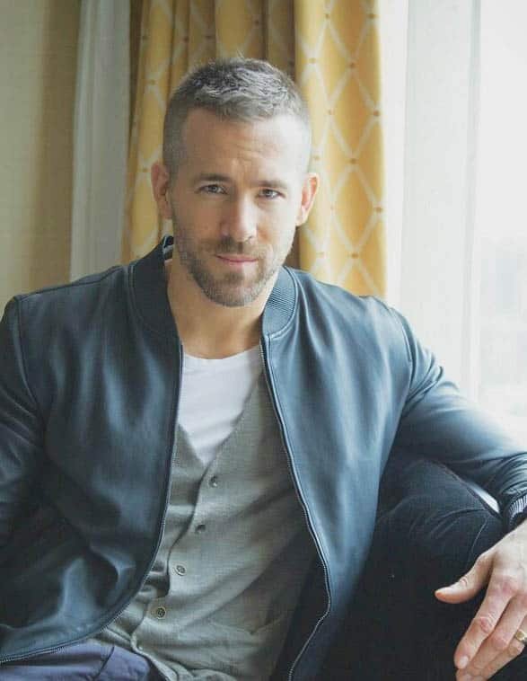 Short Shag Haircut - Ryan Reynolds Best Haircuts