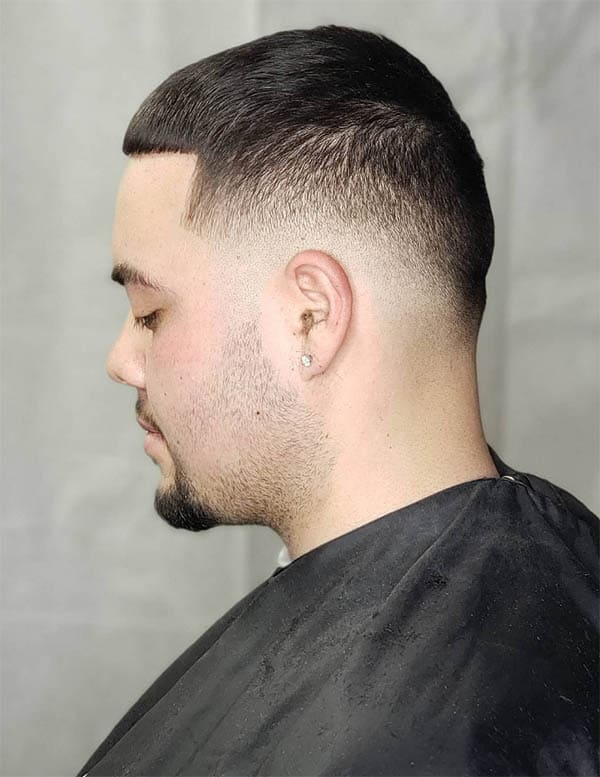 Low Fade with Line Up