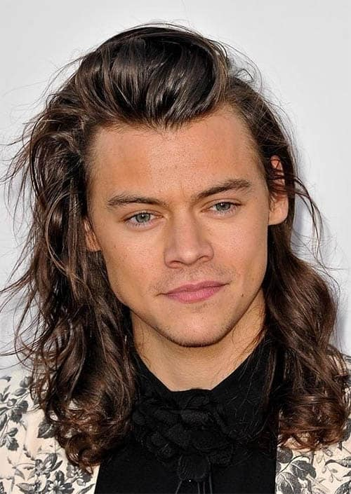 Swept Over Straight - Harry Styles Haircuts